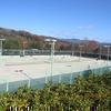 津山西部公園にはテニス場があります。