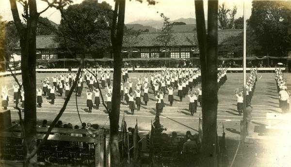 津山女学校01(80年くらい前).jpg