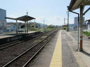 higashi_eki7.jpg