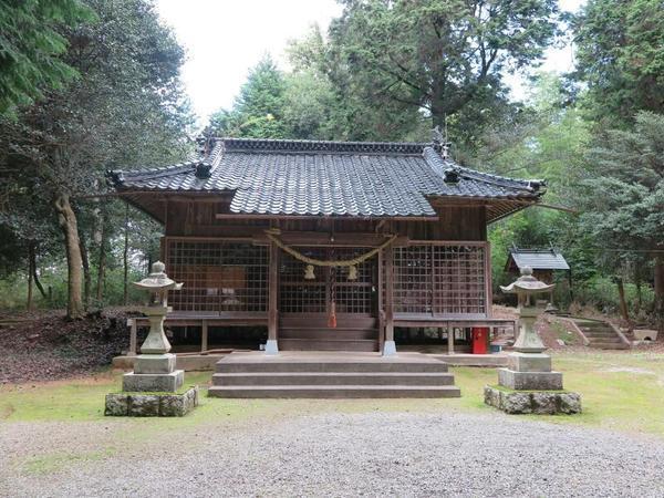 朝日神社(新田)
