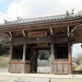 河面 墨池山(ぼくちざん)清瀧寺と仁王門