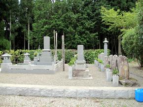 和尚の墓.jpg