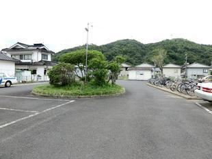 tsuyamaguchieki1.jpg