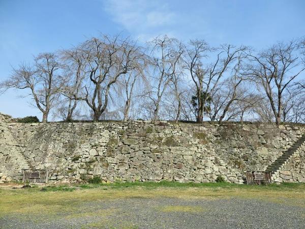 津山城の一番古い石垣