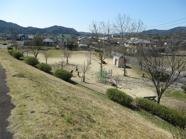3-25chihara-koen13.jpg
